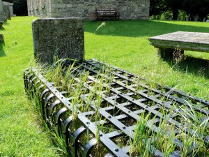 Mortsafe in situ