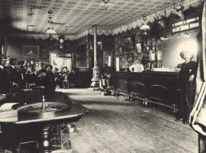 2-1-cosmopolitan-saloon